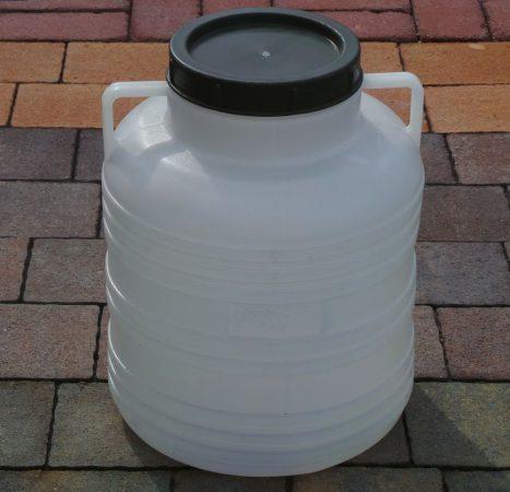 Műanyag hordó 30 Literes menetes tetővel